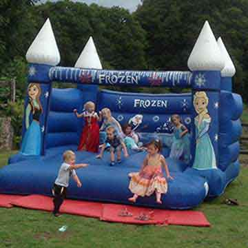 bouncy castle and kids playing in event highlight