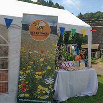 bee friendly banner and bunting for events highlight