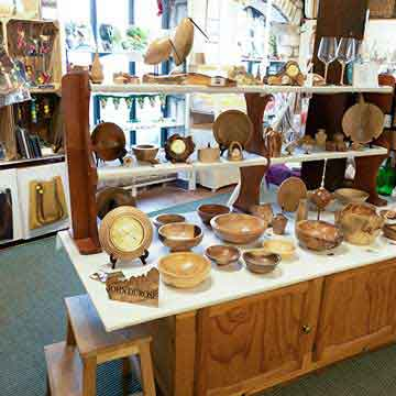 wye valley crafts wood turned bowls and decorations