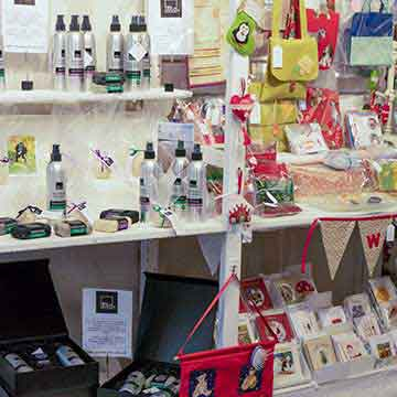 wye valley crafts pet care, gifts and cards