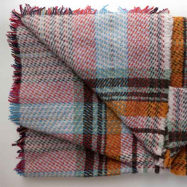 pattern detail recycled plaid wool rug