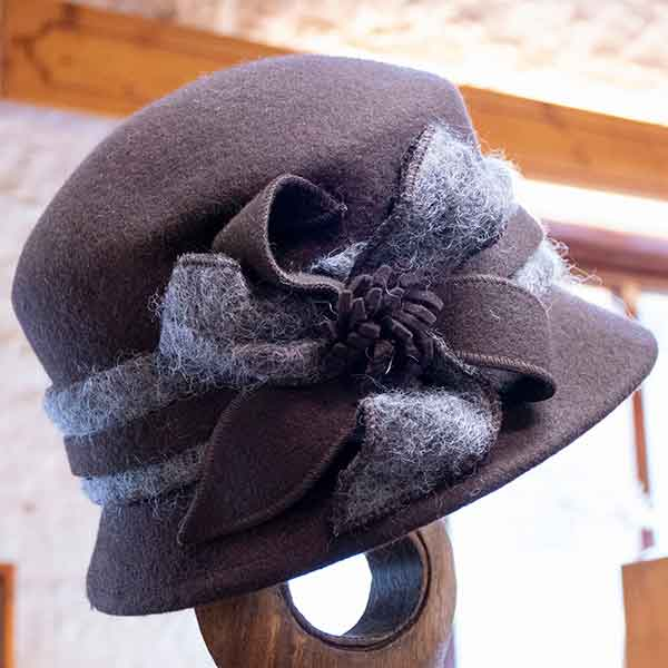brown felt cloche hat with grey fluffy band and bow